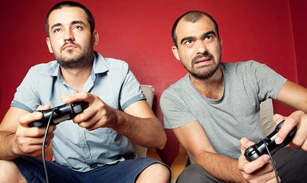Frequentare amici maschi allevia lo stress negli uomini