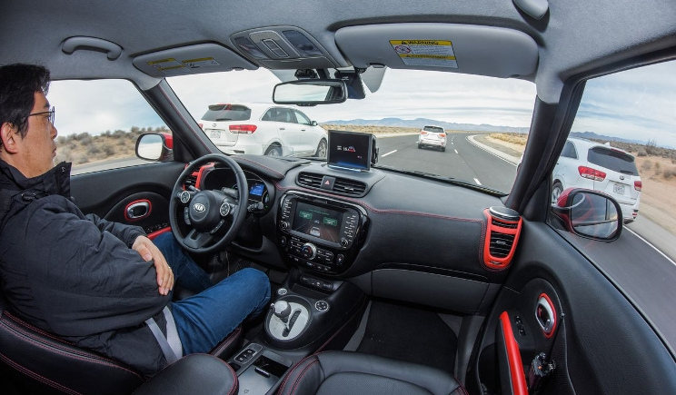Drive Wise: Kia sperimenta l'auto a guida autonoma