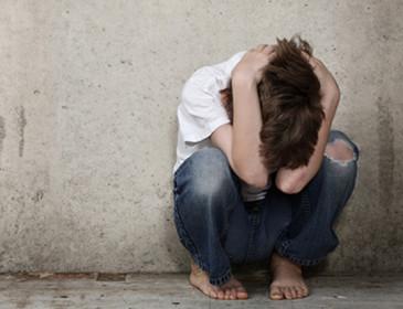 Le sculacciate ai bambini aumentano la loro aggressività