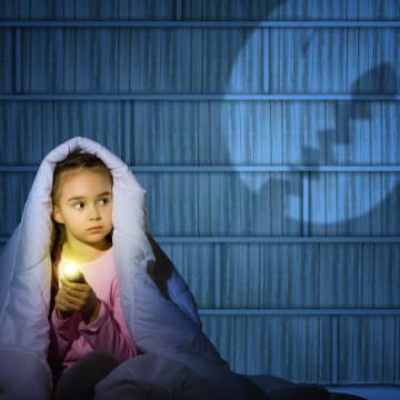 Bambini, come vincere la paura del buio senza traumi