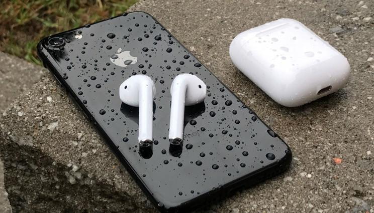 Apple, finalmente in arrivo gli auricolari blutooth Airpods