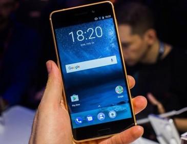 Nokia ritorna con tre smartphones e con il suo 3310