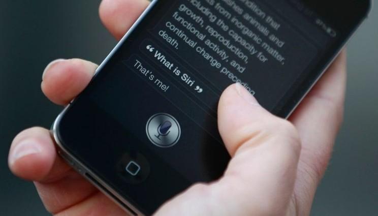 Bambino di 4 anni salva madre grazie a Siri