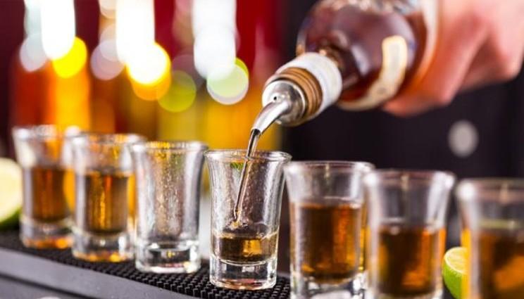 Alcol, beve quotidianamente un Italiano su cinque