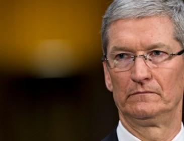 Apple: vendite iPhone in calo, ma utili in crescita