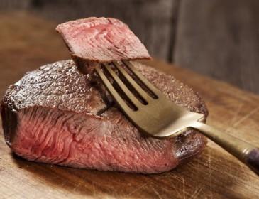Carni rosse, il consumo eccessivo associato a rischio di mortalità