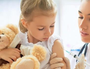 Radiato medico anti-vaccini a Milano