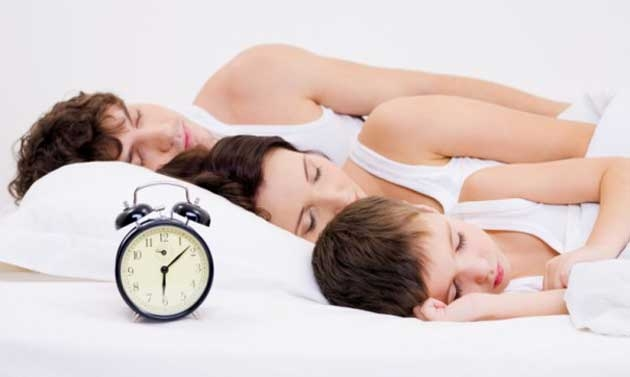 Andare a letto presto combatte ansia e pensieri negativi