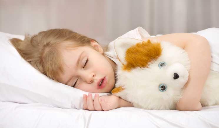 Sonno: ecco la tabella delle ore consigliate per ogni età