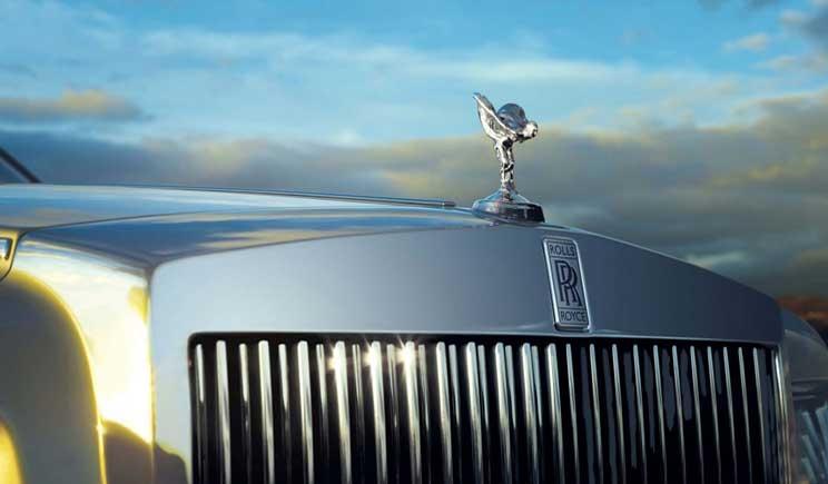 Rolls-Royce annuncia l'avvio della produzione di Suv