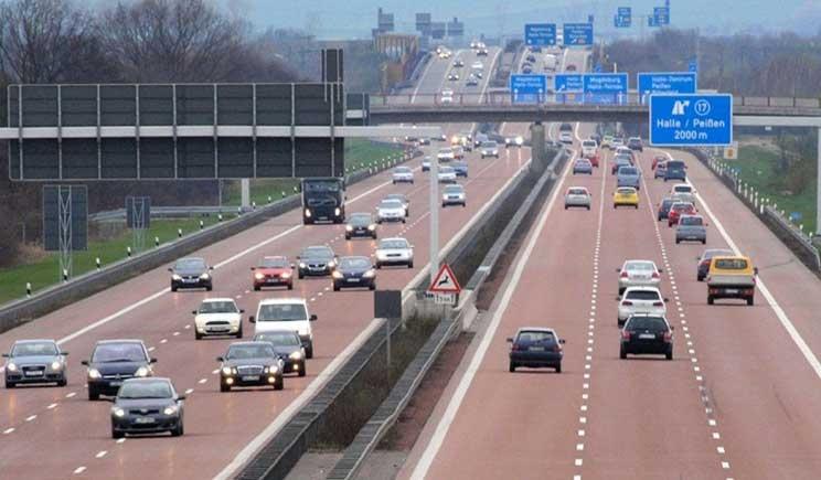 Germania, addio alle autostrade gratuite per gli stranieri