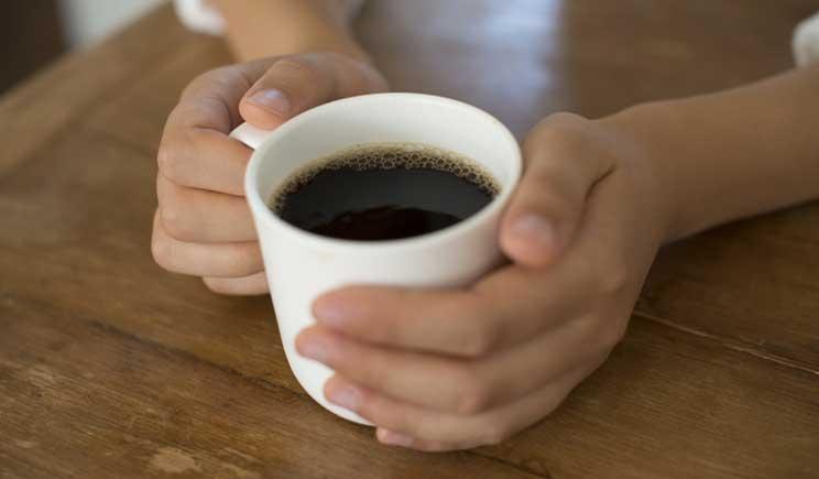 Bere due o tre caffè al giorno contrasta l'impotenza