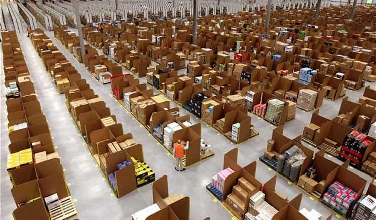 Amazon apre i suoi magazzini alle visite guidate