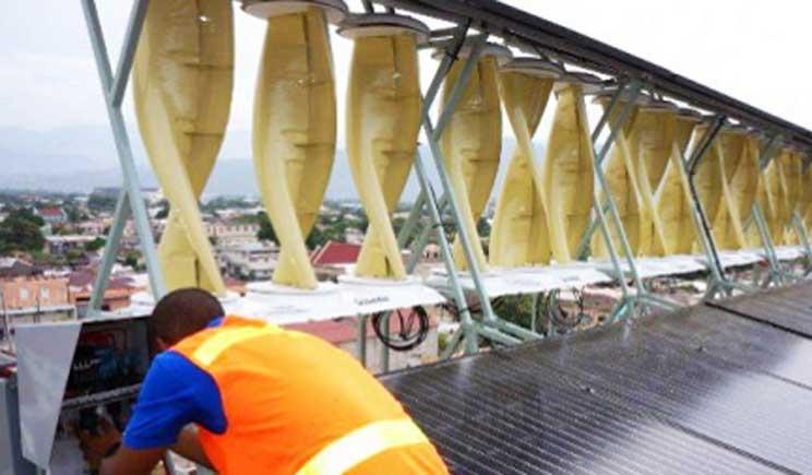 SolarMill, il primo impianto ibrido eolico e solare