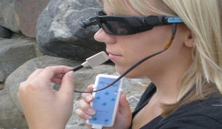 BrainPort V100: ecco come i ciechi potranno vedere grazie alla lingua