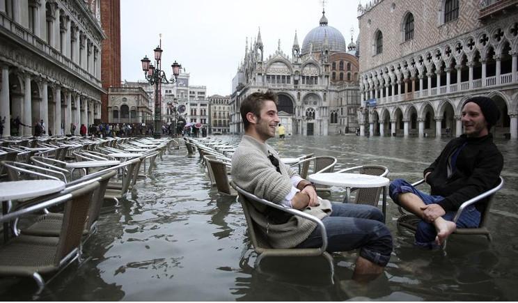 WWF: Roma deserta e Venezia sommersa per colpa del clima?