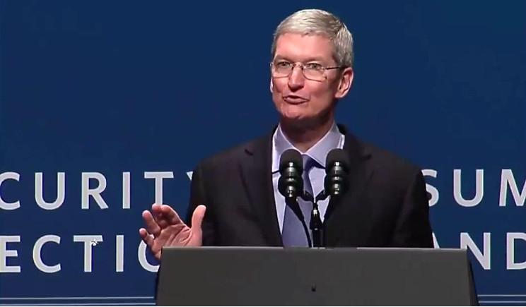 Tim Cook: difendere la privacy come prima esigenza di Apple