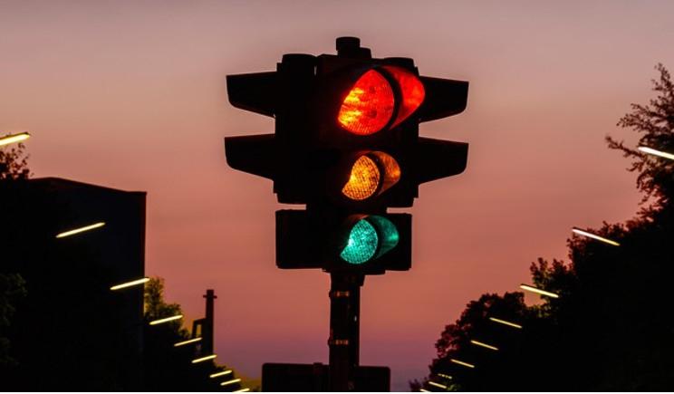 In arrivo il semaforo che combatte lo smog