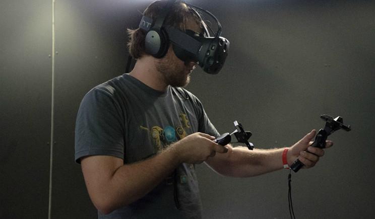 Htc Vive: realtà virtuale in preordine dal 29 febbraio