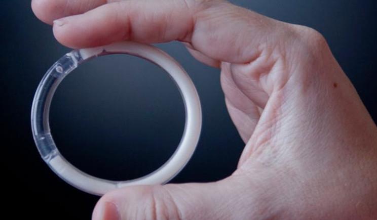 Testato con successo un anello vaginale che protegge dall'Hiv
