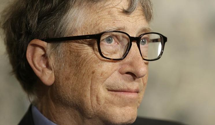 Bill Gates si schiera con l'FBI nel caso legato ad Apple e San Bernardino