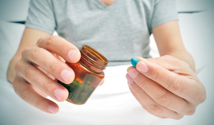 Farma Party: quando i giovani si sballano con i farmaci (a caso)