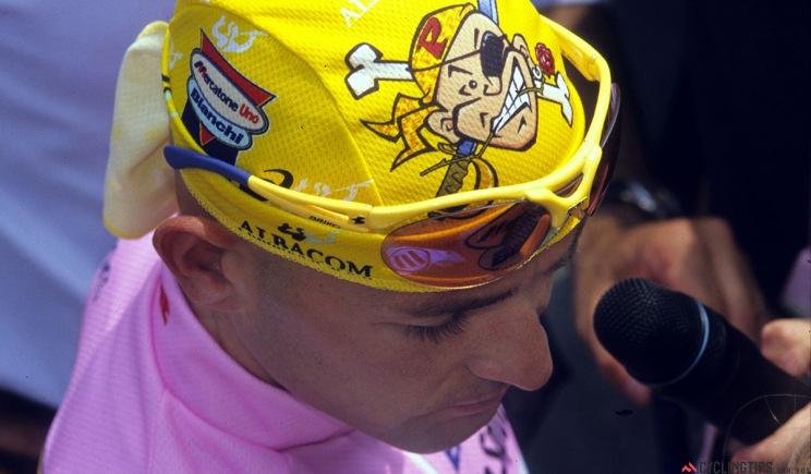 Pantani fu fermato dalla camorra a Madonna di Campiglio?