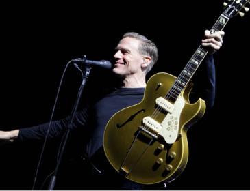 Bryan Adams annulla un concerto in polemica con una legge anti-gay