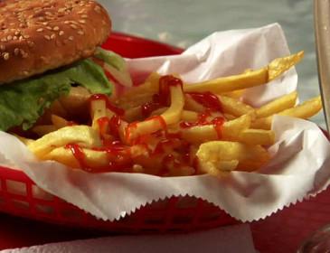 Fast-food: attenzione ai contenitori di plastica