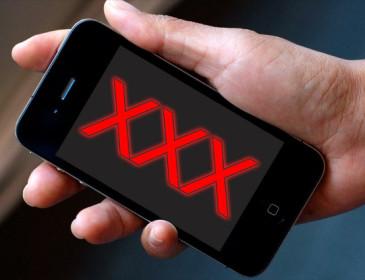 Smartphone: attenzione ai nuovi virus sui siti porno