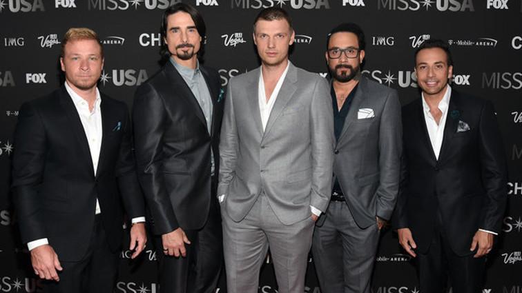 I Backstreet Boys si danno al country