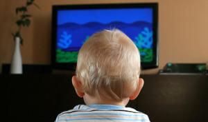 bambino tv genitori