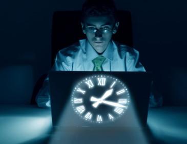 I turni di notte possono aumentare il rischio di cancro