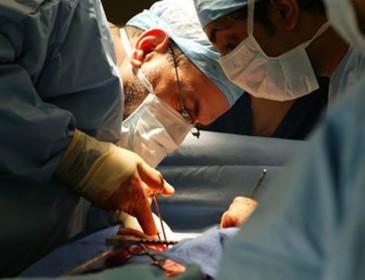 Bimba nata senza un ventricolo salvata da trapianto innovativo