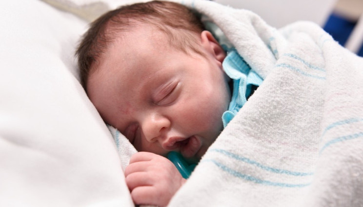 Lynlee, la bimba che ha sconfitto un tumore prima di nascere