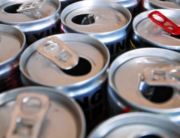 Gli energy drinks possono danneggiare il fegato in modo grave