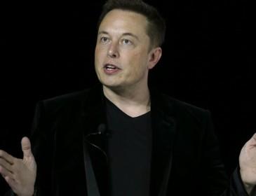 Neuralink, il folle progetto di Musk per fondere mente e computer