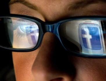 "Facebook, prete ""spara"" alla Camusso"