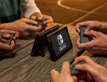 PS4 Slim a prezzi stracciati per contenere Nintendo Switch