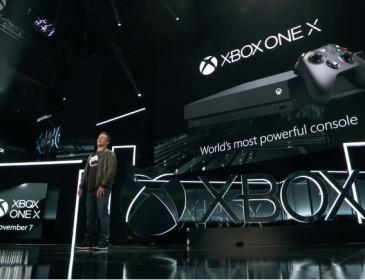 X Box One X in arrivo a novembre